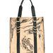 A kézzel készített, erezett táska 399.99 fontba, 137.200 forintba kerül a márkánál.