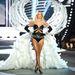 Victoria's Secret bemutató, 2012 november: Lindsey Ellingson izmos combjai közt űr tátong