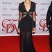 Zoe Saldana a 2012-es CFDA Fashion Awards-ra igyekszik 2012 június 4-én New Yorkban.