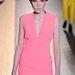 Rózsaszínekben bővelkedő kollekciót mutatott be  Cedric Charlier 2013 őszére