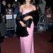 Julia Roberts rózsaszín estélyiben 1998 decemberében