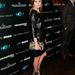 Olivia Palermo tollas cipőt választott bőrruhájához