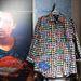 Végre a pasik is öltözhetnek bolondosan: sínesebbnél-színesebb ingek kaphatók férfiaknak.