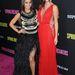 A két ruha jól megy egymással is, de most nem az a kérdés, hogy Vanessa Hudgens, vagy Selena Gomez-e a szebb.