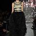 Ez egy 2012 telére tervezett Naeem Khan ruha, amit még tavaly februárban mutattak be New Yorkban.