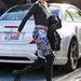 Miley Cyrus sem szeret különbséget tenni fellépőruha és kimenőruha között