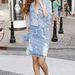 Rihanna nem a saját márkás cucciaban sétál Beverly Hillsben.