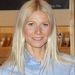Gwyneth Paltrow szivaccsal keféli át haját, hogy puhább és fényesebb legyen.