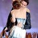 Emma Watson az MTV Movie Awardson megöleli Eddie Redmayne-t