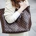 Bikem Louis Vuitton táskája