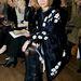 Anna Wintour már a londoni divathéten is viselte a virágos kabátot
