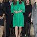 A terhesség első szakaszában, november 27-én smaragdzöld Mulberryben jelent meg.