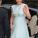 50-es éveket idéző,empire fazonú, Emilia Wickstead ruhában a Nemzeti Portrégalériába ment Middleton április 24-én.