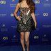 Vanessa Hudgens egyszerre mintás és flitteres ruhában pózol április 27-én a Las Vegas-i Hakkasan étterem és night club megnyitóján.