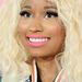Nicki Minaj rózsaszín ajkakkal