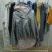 Fényvisszaverő varrással készült ezüst kabát trendi bicikliseknek