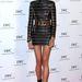 Karolina Kurkova modell megmutatta, milyen egy igazán hosszú comb. A Balmain ruha jól asszisztált ehhez.