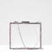Átlátszó táska lánccal 8995 forint a Stradivariusban