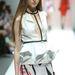A divatfővárosok listáján a nyolcadik helyen álló városállam a napokban mutatta be a a 2013/2014-es őszi-téli kollekciókat az Audi Fashion Festival Singapore rendezvény keretében. Lion Earl munkája.