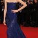 A kínai modell, Liu Wen Roberto Cavalli estélyiben pózol az All Is Lost vetítése előtt.