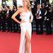 És még egy híres modell fehérben: Heidi Klum a Nebraska című film május 23-i vetítésére érkezett Versace estélyiben