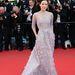 Zhang Ziyi a Vénusz nercben vetítésén szüskéslila Elie Saab Couture-ben.