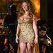 Mariah Carey nem okozott meglepetést csicsás szerelésével. Ő már soha nem tanulja meg, hogy a túl sok strassz közönséges.