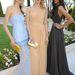 Még egy modelltrió: Stephanie Van Der Laan, Soo Joo és Dalianah Arekion. Utóbbi mintha egy kiadós anyázás előtt állna.