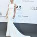 Valószínűleg nem csak Katalin tehet róla, hogy mindent elárasztottak a doboztáskák: a Cannes-i vörös szőnyegen egymást érték a minitáskás celebek. Sharon Stone táskájában sem lehet sokminden.