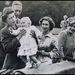 Erzsébet királyné megkoronázása gyökeresen megváltoztatta a család életét.