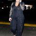 Május 10-én egy szegecses, lapos talpú szandálban látták Kardashiant...
