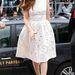 Isla Fishernek is le kellett volna mondania az üde fehér ruháról.
