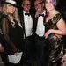 Fergie és Kelly Osbourne férfitársaságban.