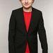 Ed Sheeran énekes nagyon cuki, megilletődött mosollyal.