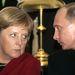 Vajon véletlen, hogy Putyin nyakkendője harmonizál Merkel blézerével?