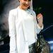 Anna Spitzkat modell Zara nadrágban lazít két bemutató közt