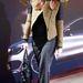 Luana Ankerne divattervező Zara kabátban és csizmában