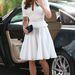 Katalin hercegné felnőttesebb fehér ruhában, Szingapúrban, 2012 szeptemberében.