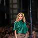 Justyna Chrabelska hordható, ötletes ruhákat tervezett