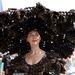 Larisa Katz divattervező rögtön elég erős kalapot mutatott