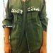 H&M:  A kabát 8990 Ft helyett 5000 Ft, és mivel a military divat mindig újraéled, nem is olyan rossz befektetés. Persze Vanessa Paradis-nak jobban állt a reklámban.