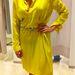 Zara:  Ez a ruha 9995 Ft helyett 7995 Ft, de övet is venni kell hozzá. És átlátszik. Ez lesz még 2000 forint...