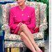 1991: Diana beszédet hallgat, talpig pinkben.