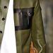 Valentino fekete-zöld kombinációi katonás hatást keltenek.