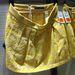 Zara: Ez a szoknya XS-es mérettől L-esig kapható. A képen a legnagyobb szerepel, 90 centis a dereka és nem nyúlik. Ár: 7995 Ft