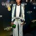 Míg Solange Knowles a hozzá passzoló nadrággal viselte..