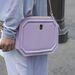 Egy kevésbé ismert márkához, az Octához tartozik ez a táska.