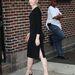 A fekete Altuzzara ruha és a szegecses Nicholas Kirkwood cipő visszafogottan különleges