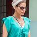 Eva Mendes sem fél kísérletezni, viszont színben maradt az egyszerűbbnél.