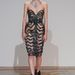 Iris van Herpen egyik 3D nyomtatóval készült ruhája a párizsi haute couture divathéten